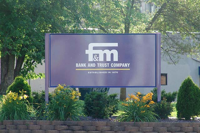 Fm Bank Post Panel Sign